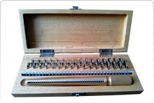 1 To 33 Ring Sizer And Ring Mandrels In wooden box / Jelwelry making tools
