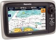 Raymarine E7 & E7D Multifunction Display/Chartplotter/Gps/Fishfinder