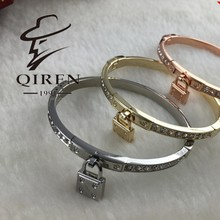 Mixed Wholesale Price kelly Bracelet Stainless Steel Lock Eternal Rose Gold Opening Tricolor