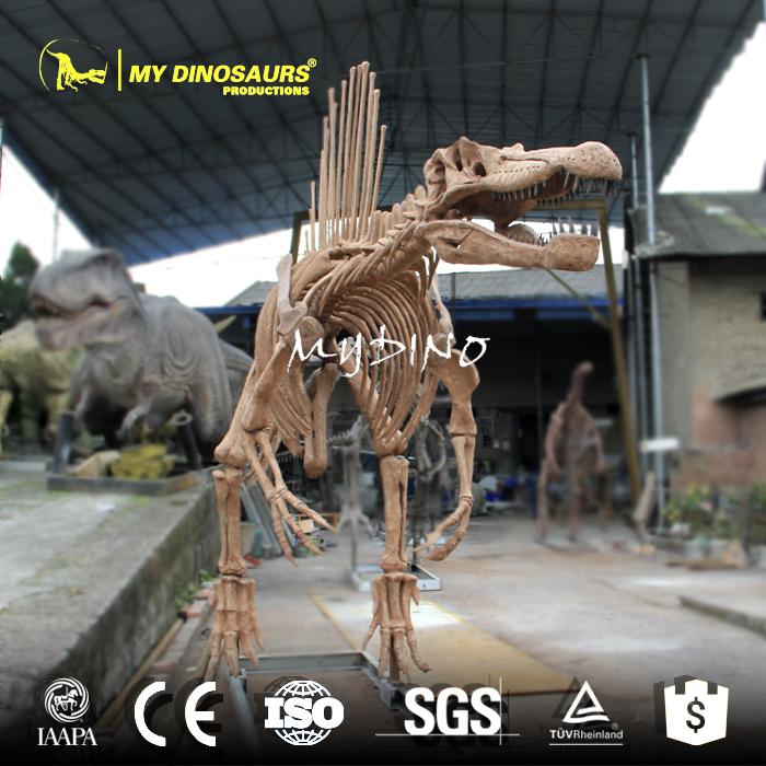 spinosaurus replica.jpg